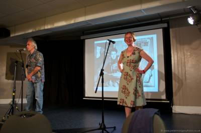 b2ap3_thumbnail_Dylan-Thomas-in-Porthcawl-Event-20140516_10.jpg